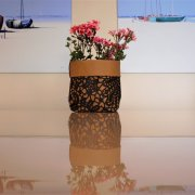 Hackelsäckchen als Blumenvase